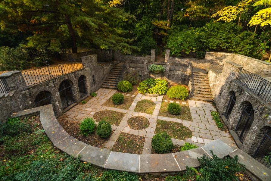 The Beautiful Warner Castle & Sunken Gardens of NewYork